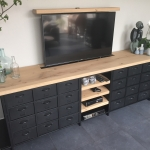 Stoere vintage tv meubel